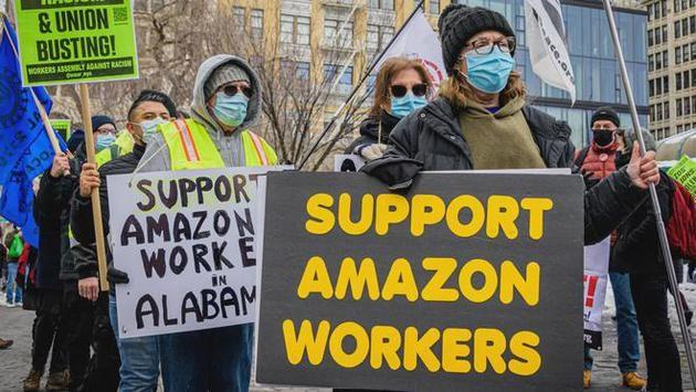 工人称工会选举中只有美国邮政才能使用的邮箱被亚马逊保安解锁