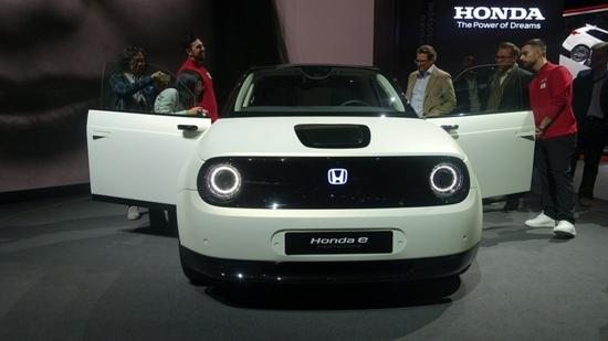 本田让日本2000多名员工提前退休为了向纯电动汽车转型